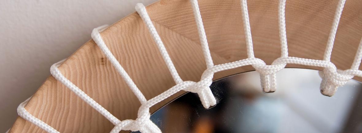 Miroir Anja Clerc Design - bois tressage corde - objet éco-conception